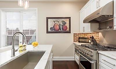 Kitchen, 99 Silver St, 1