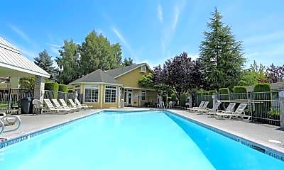 Pool, Heatherwood, 0
