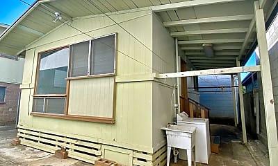 Bedroom, 2027 Colburn St, 2
