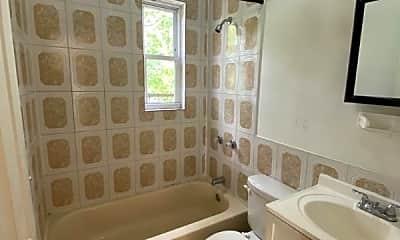 Bathroom, 94 Neptune Ave, 2