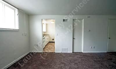 Bedroom, 2212 Ford St, 2