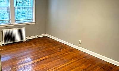 Living Room, 4585 MacArthur Blvd NW, 0