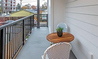 Patio / Deck, NE Garfield, 2