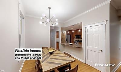 Living Room, 2230 N Kenmore Ave, 1
