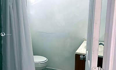 Bathroom, 71 NE 67th St 3, 1