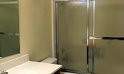 Bathroom, 1001 W Perdew Ave, 1