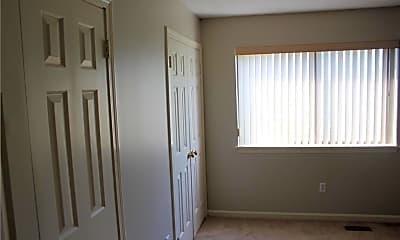 Bedroom, 14 Crossroads Ln 14, 2