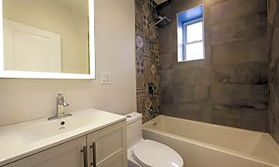 Bathroom, 24 Willowdale Ave 3, 2