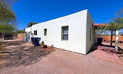 Building, 310 E Navajo Rd 1, 0