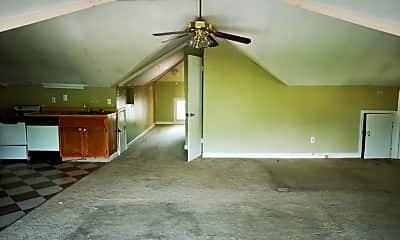 Living Room, 1305 Peabody Ave, 2