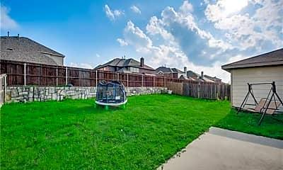 Building, 9905 George Washington Dr, 2