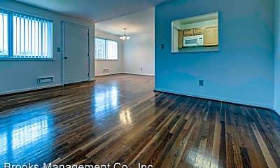 Living Room, 2709 Hanson Ave, 1
