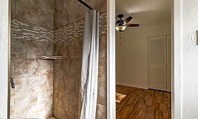 Bathroom, 1287 Gary Dr, 2