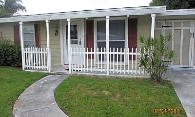 Building, 422 Coconut Ave E, 1