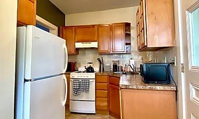 Kitchen, 157 Nesmith St, 2