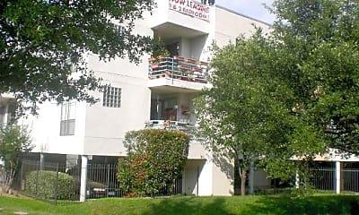 Building, 7610 Skillman St, 2