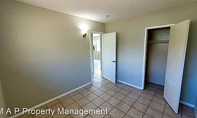 Bedroom, 1221 E Airport Dr, 1