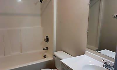 Bathroom, 1318 Fairbanks Ave, 1