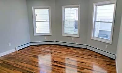 Bedroom, 319 N High St, 1