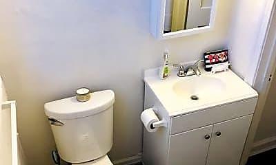 Bathroom, 1101 West Virginia Ave NE, 2