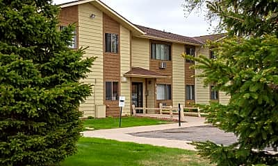 Spruce Place Apartments, 1
