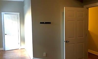 Bathroom, 1418 Walnut St, 2
