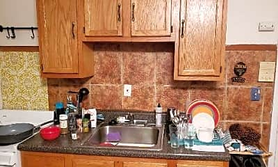 Kitchen, 1121 Mt Vernon St, 2