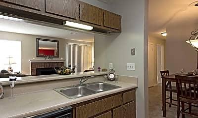 Kitchen, Retreat at Stone Mountain, 1