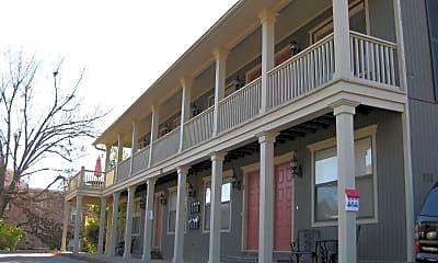 Building, 711 W Douglas St, 0