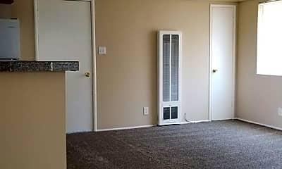 Living Room, 611 Washington Blvd, 2