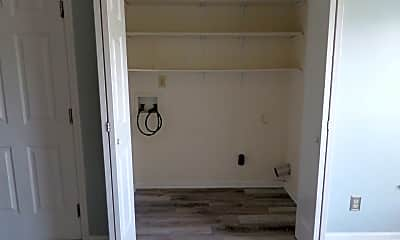 Bathroom, 826 Encounter Pl, 2