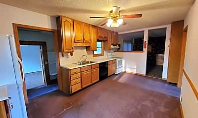 Living Room, 4470 NE 29th St, 1