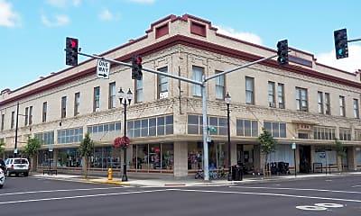 Building, 230 SE Lyon St, 0