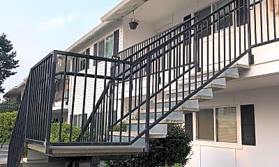 Newport & Chelsea Apartments, 0