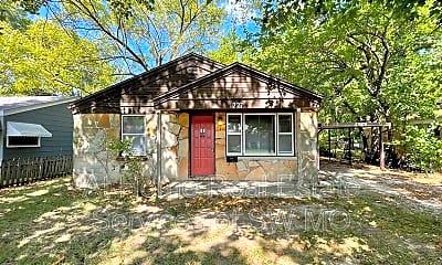 Building, 1227 E Belmont St, 0