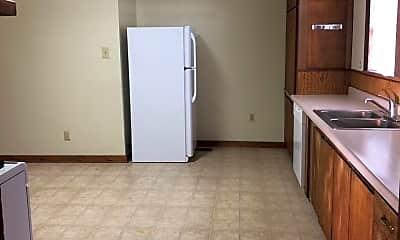 Kitchen, 1093 5th St, 2