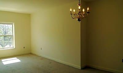 Bedroom, 2 W University Pkwy, 2