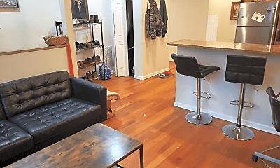Living Room, 902 W Newport Ave, 2