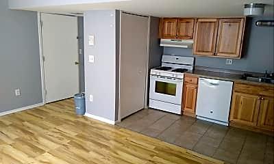 Building, 630 Rickett Rd, 1