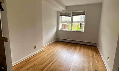 Living Room, 988 Neill Ave, 2