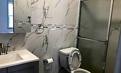 Bathroom, 95-71 113th St, 2