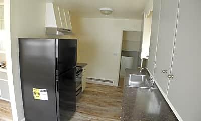 Kitchen, 1523 E Monument St, 1