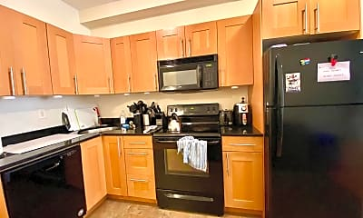 Kitchen, 1609 W Diamond St 2, 1