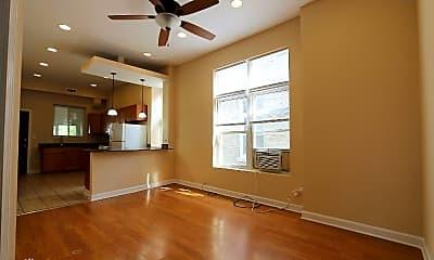 Bedroom, 817 S Laflin St, 2