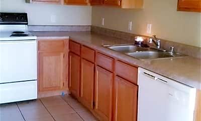 Kitchen, 2756 Carondolet St, 1