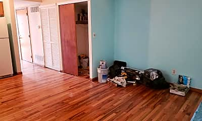 Living Room, 514 S 15th St, 2