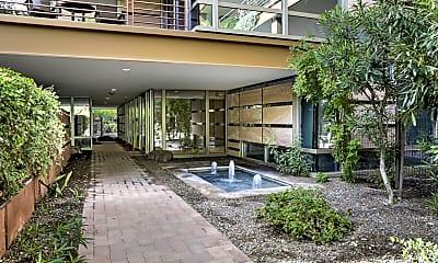 7121 E Rancho Vista Dr 4007, 1