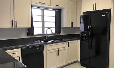 Kitchen, 1202 High St, 1