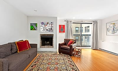 Living Room, 7 E 35th St 6-A, 2