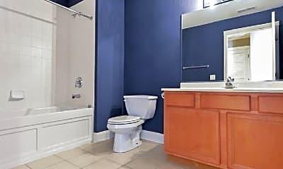 Bathroom, 2320 W St Paul Ave, 1
